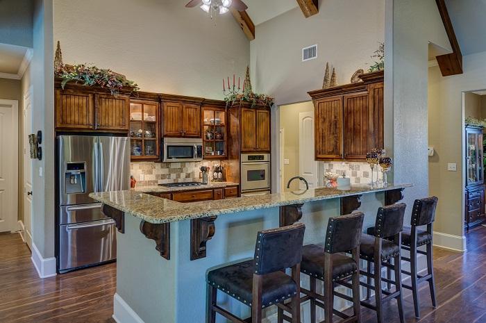 Kuchyna s ostrovcekom má množstvo úložného priestoru